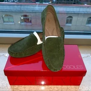 New Green Suede Aerosole Drivers